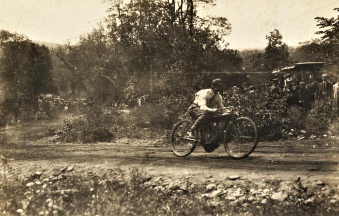 Easton HSE 1909 Motorcycle