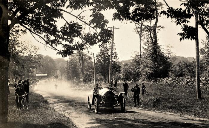 Easton HSE 1910 Race on Snake Hill Burr Street