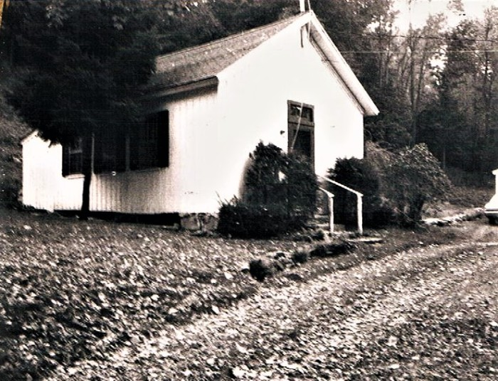 Easton HSE S101 Wilson School Turb Bush house 1974