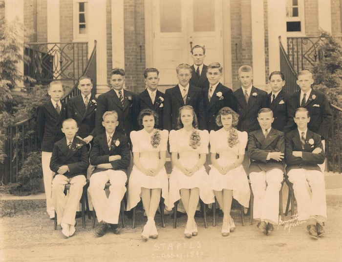Easton HSE S32 Staples Class of 1942