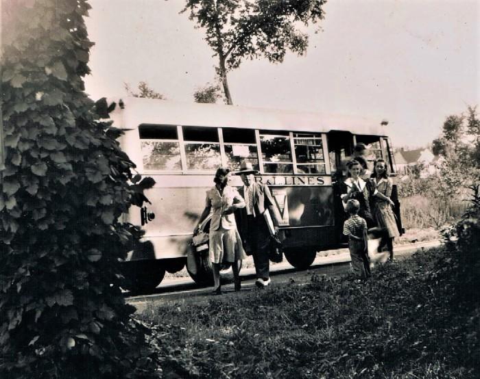 Easton HSE S89 1942 CR&L Bus