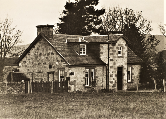 Easton HSE M42 Helen Keller named Arcan Ridge after this farm in Scotland 1932